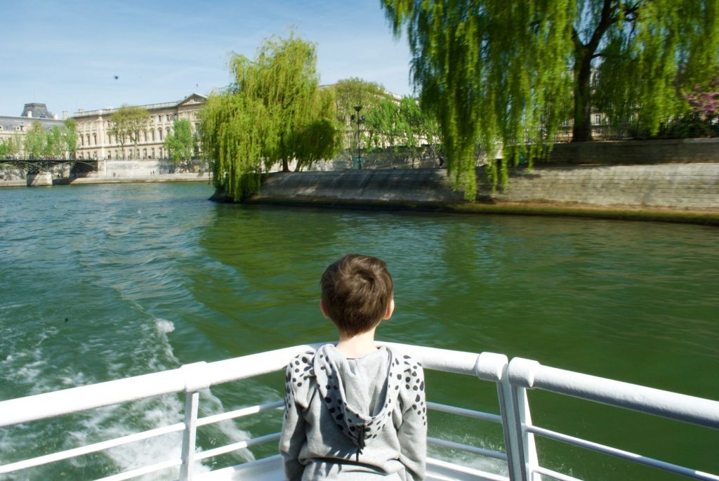 paris with kids - batobus