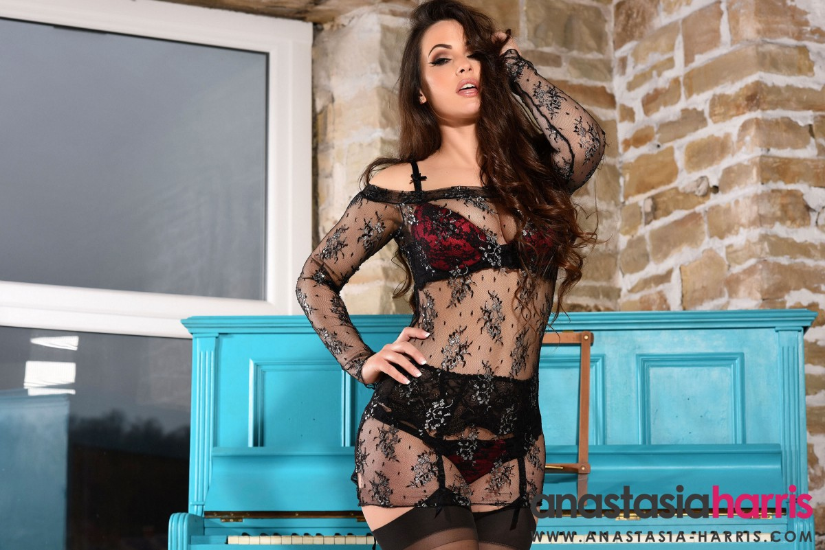 Anastasia Harris Big Ass in Stockings