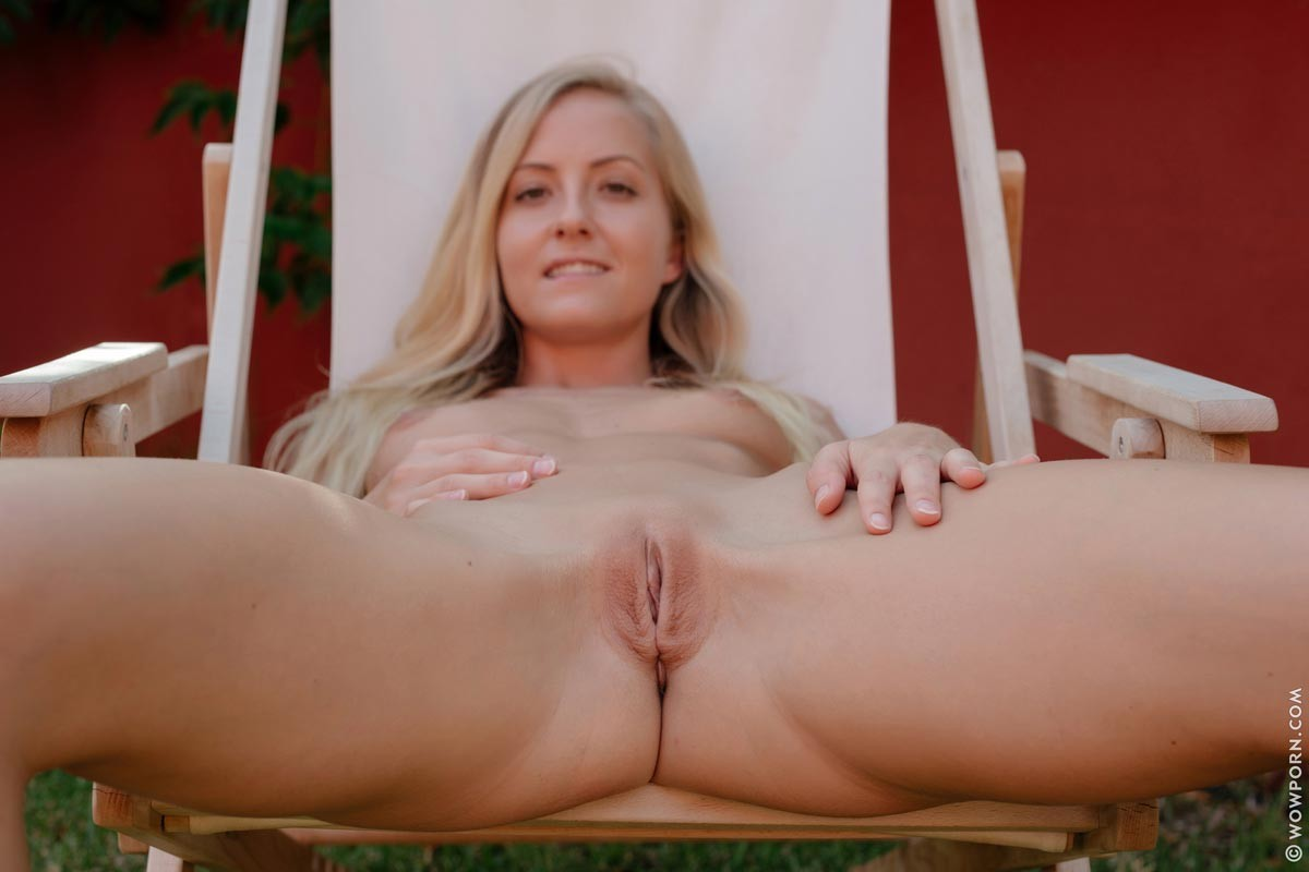 Cecilia Naked in the Backyard