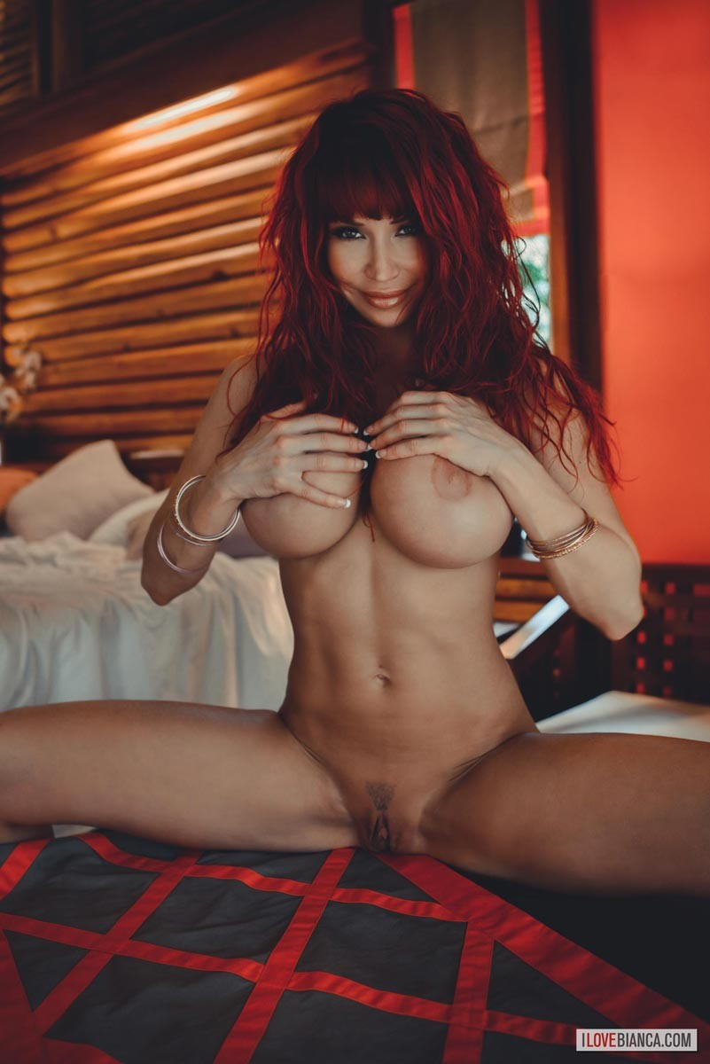 Bianca Beauchamp Naked in Bed