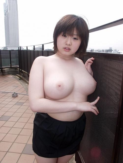 (悲報)激安フウゾク店で「ロケット乳グラマー」の女を指名した結果wwwwwwwwwwwwwwww(写真あり)