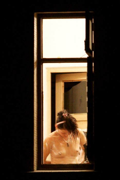 (消去注意)女子大学生宅の秘密撮影写真が過激すぎるwwwwwwwwwwww(写真あり)