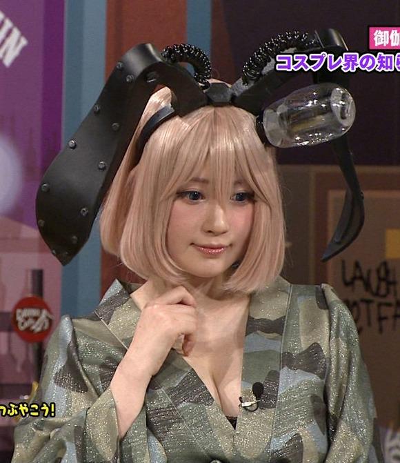【有名人,素人画像】J,カップヒトヅマコスプレイヤーとなった御伽ねこむがテレビに出てたぞ〜