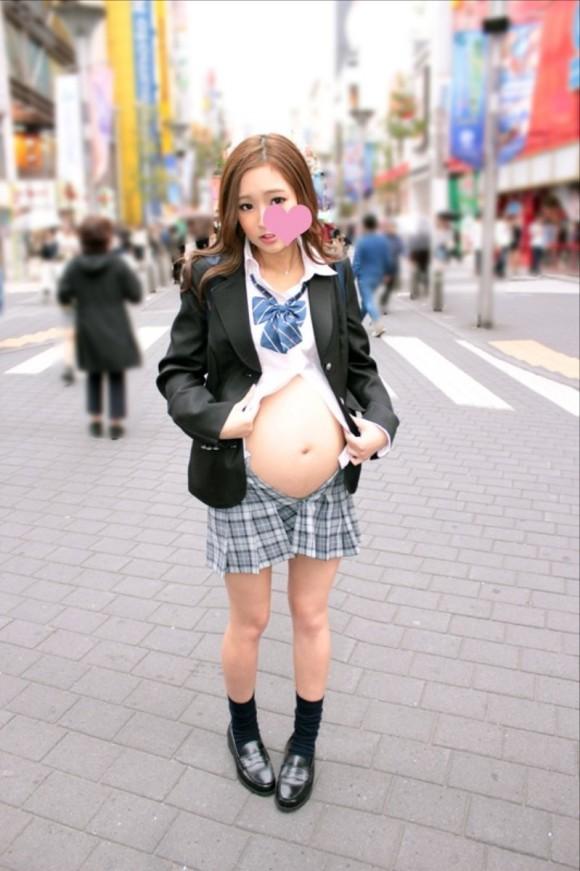 妊娠7か月のヤンキー10代小娘の輪姦AVが凄い