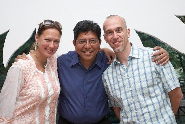 Раджеш Далал и Александр Нариньяни (справа). Фотография Рауля Скрылева со встречи в Москве, 2012 год
