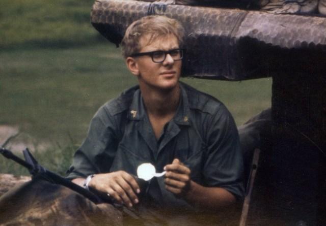 Дэрил Поулсон во Вьетнаме