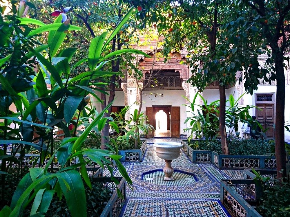Orangen, Ornamente, Orient: Der Bahia Palast