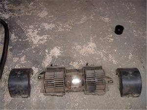 Detalhe do motor sem as capas de proteção dos ventiladores.