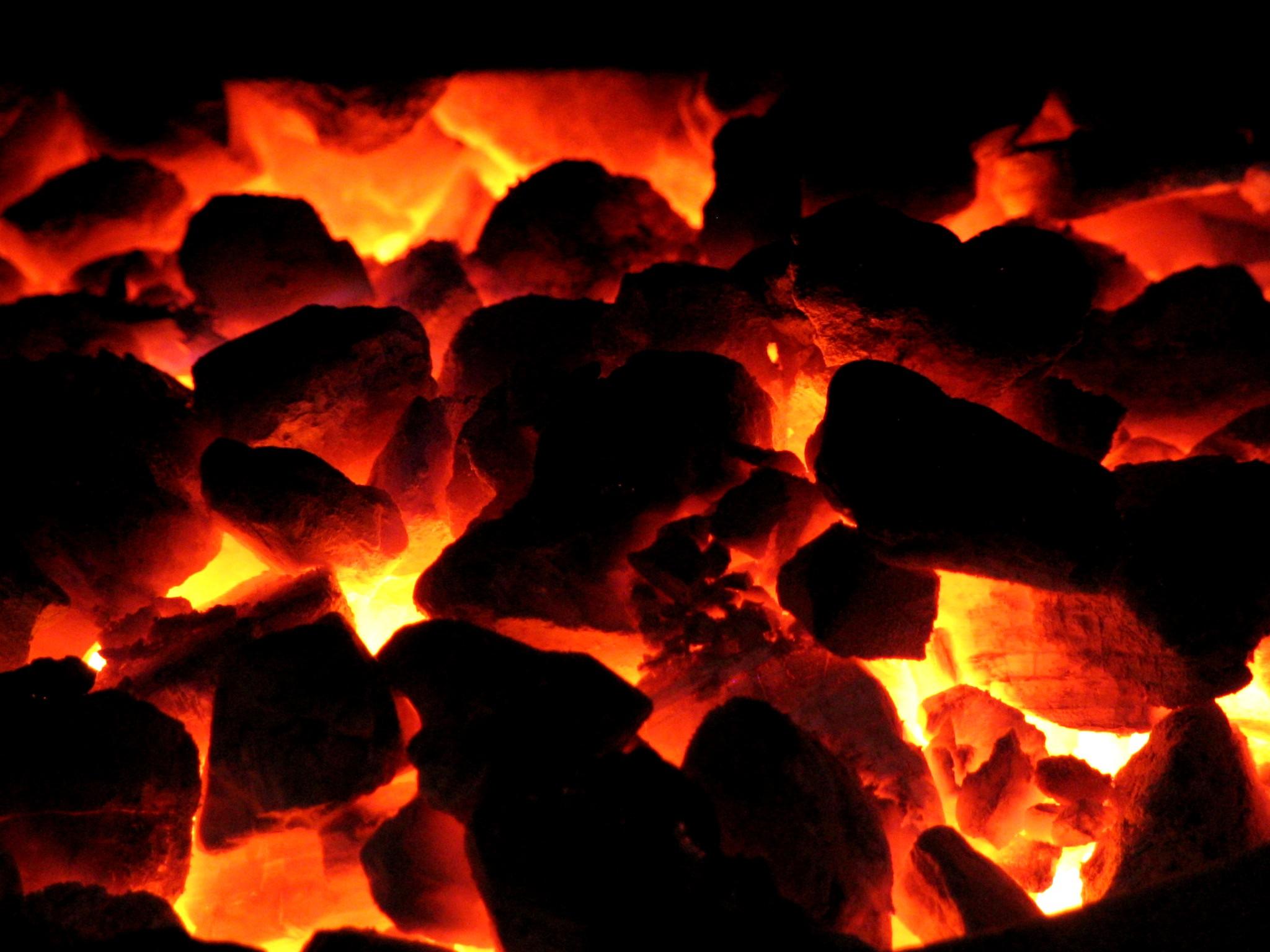 3d Moving Fireplace Wallpaper Coal Wallpaper 2048x1536 71040