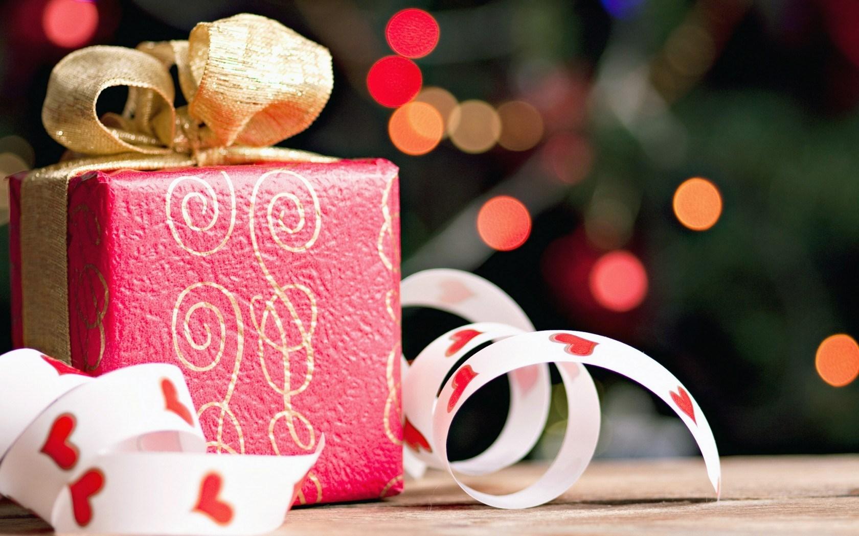 Cute Pink Snowman Wallpaper Gift Box S Wallpaper 1680x1050 79347