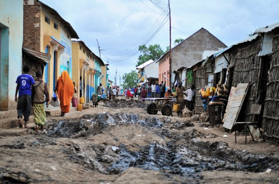 AMISOM efforts in Somalia. cc AU-UN IST PHOTO / TOBIN JONES.