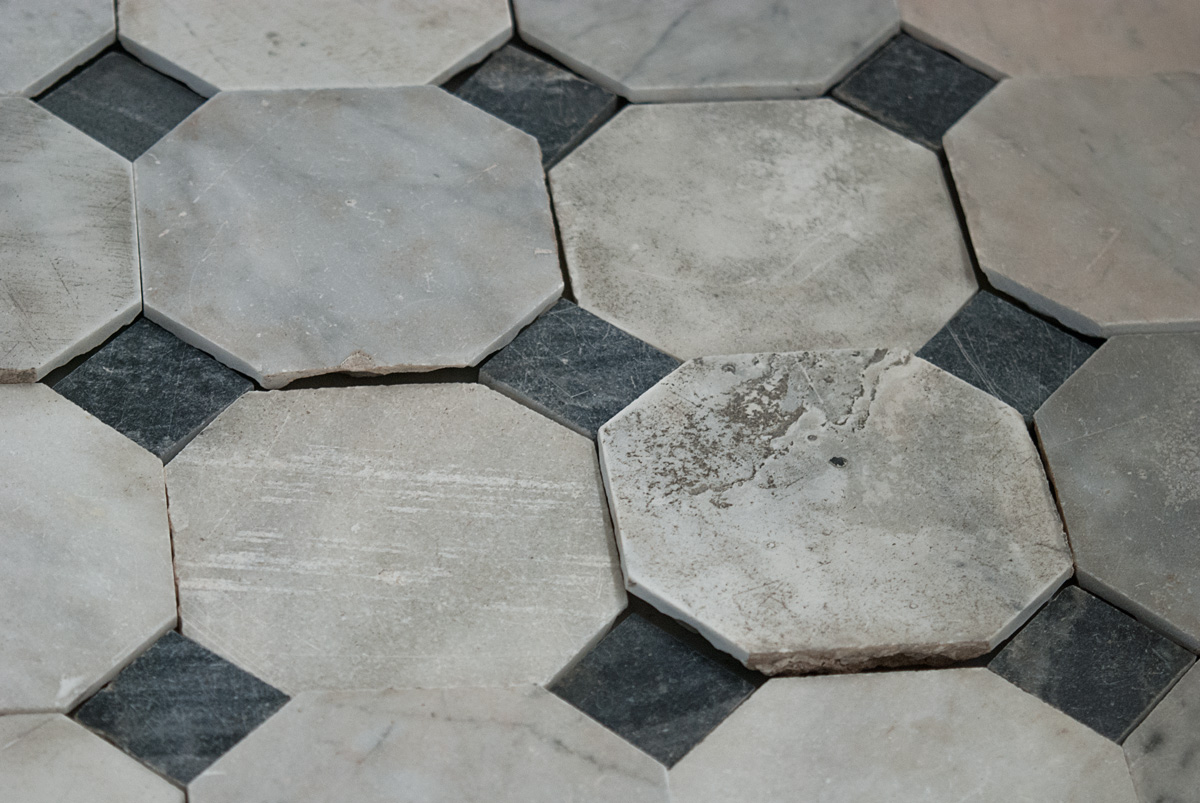 Black And White Marble Floors Antique White Marble Flooring With Black Squares Xviii Xix