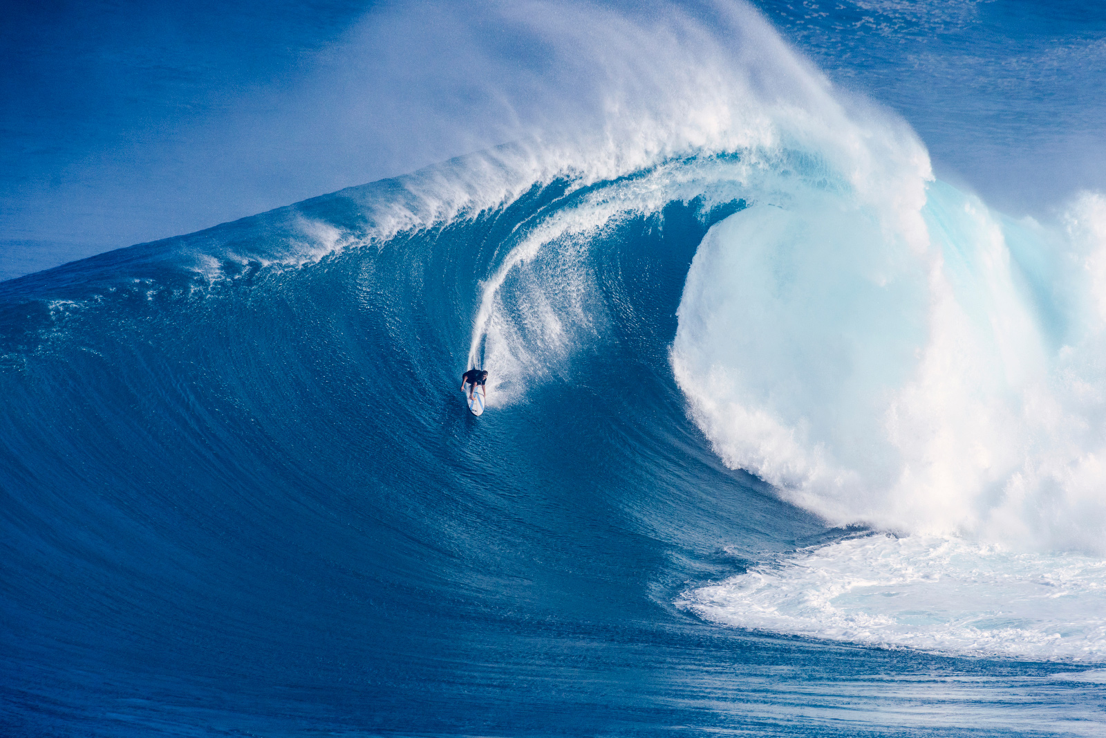Fantastic Wallpapers With Quotes Surfers Risk Death Paddling Into Historic 80 Foot Waves At
