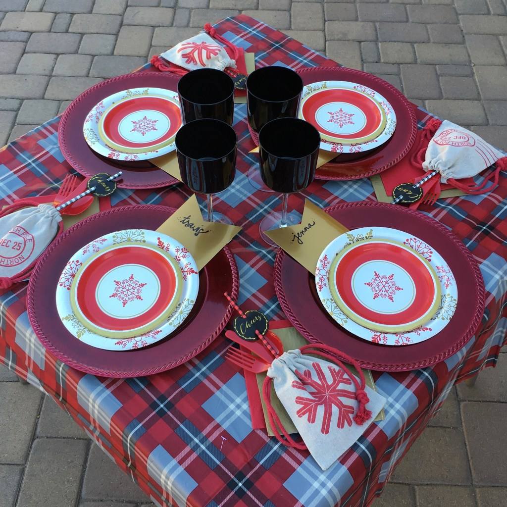 Christmas Tablescape - table