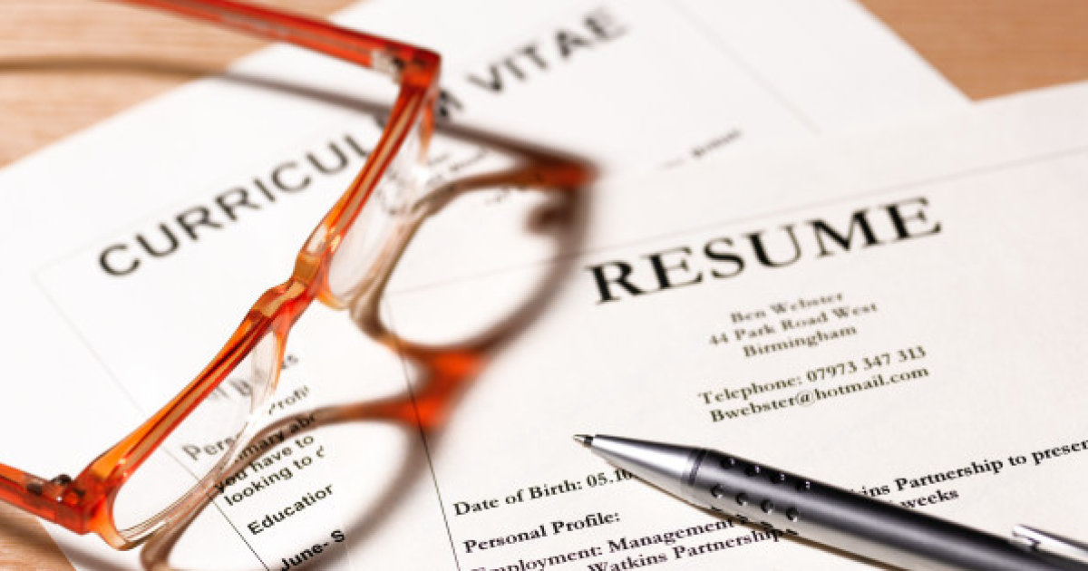 How to List References on a Resume for a Job Interview