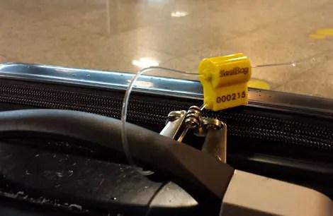 Dica para evitar que sua mala seja violada: Lacres Sealbag