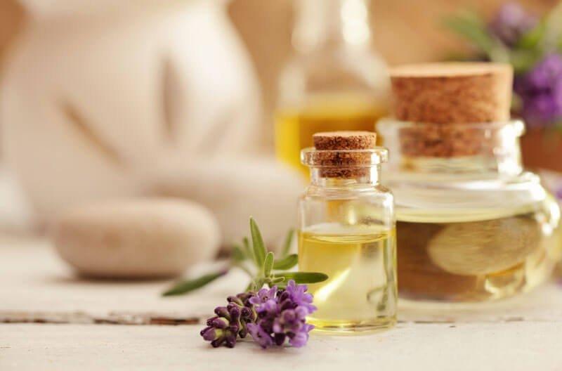 5 Essential Oils for Psoriasis (Plus 5 DIY Mixtures  Application - essential oil for psoriasis