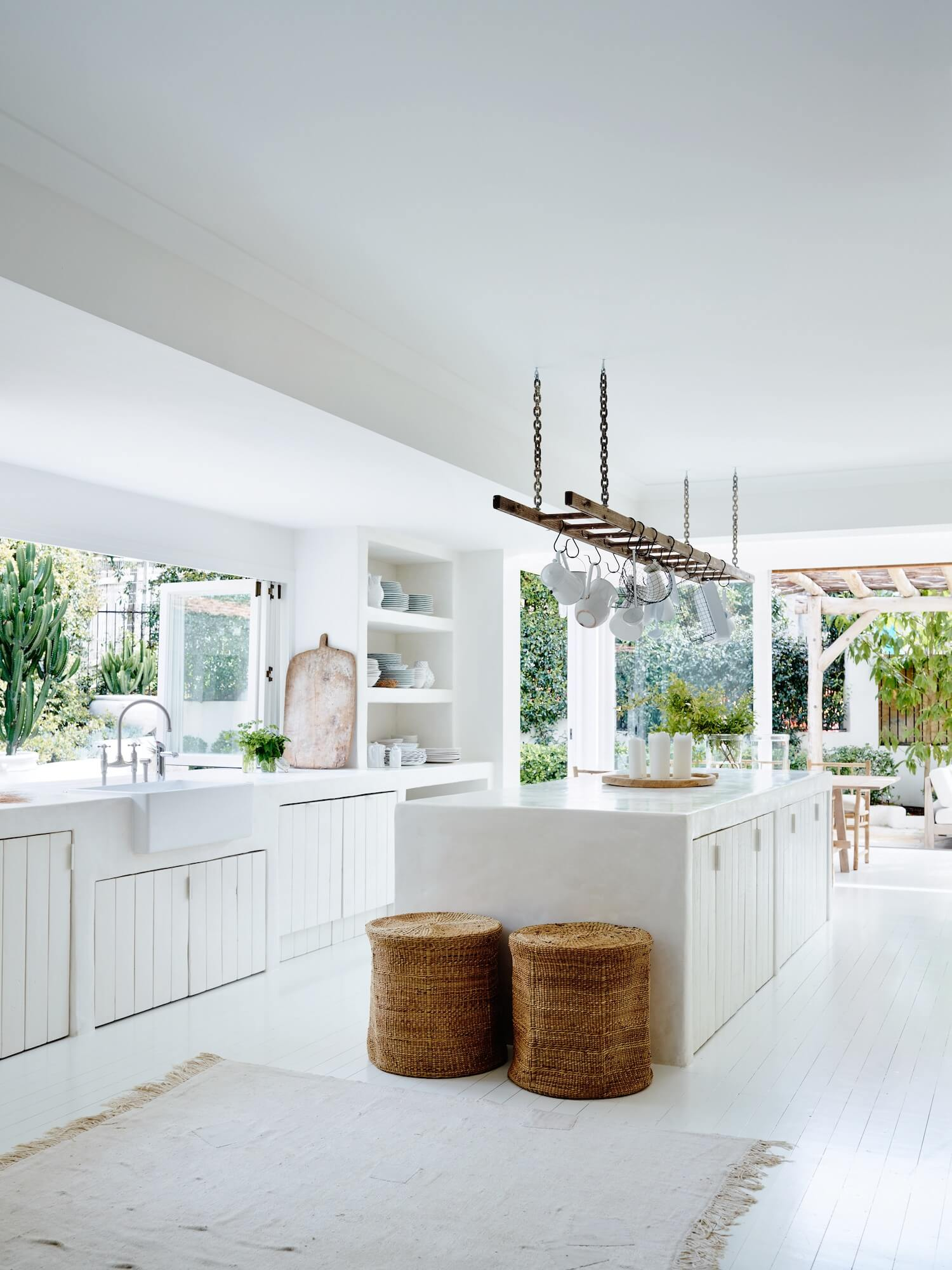 Hamptons Kitchens Why Hamptons Style Kitchens Are The Latest Interior Design Trend