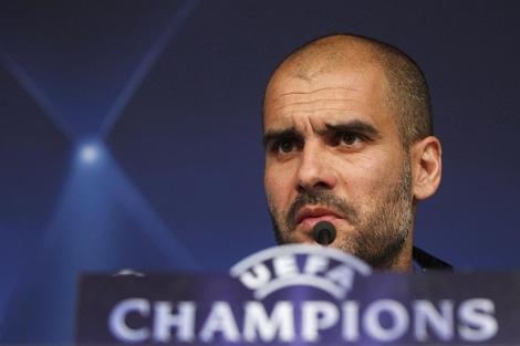 Guardiola, durante la rueda de prensa en el Bernabéu. (Foto: Reuters)