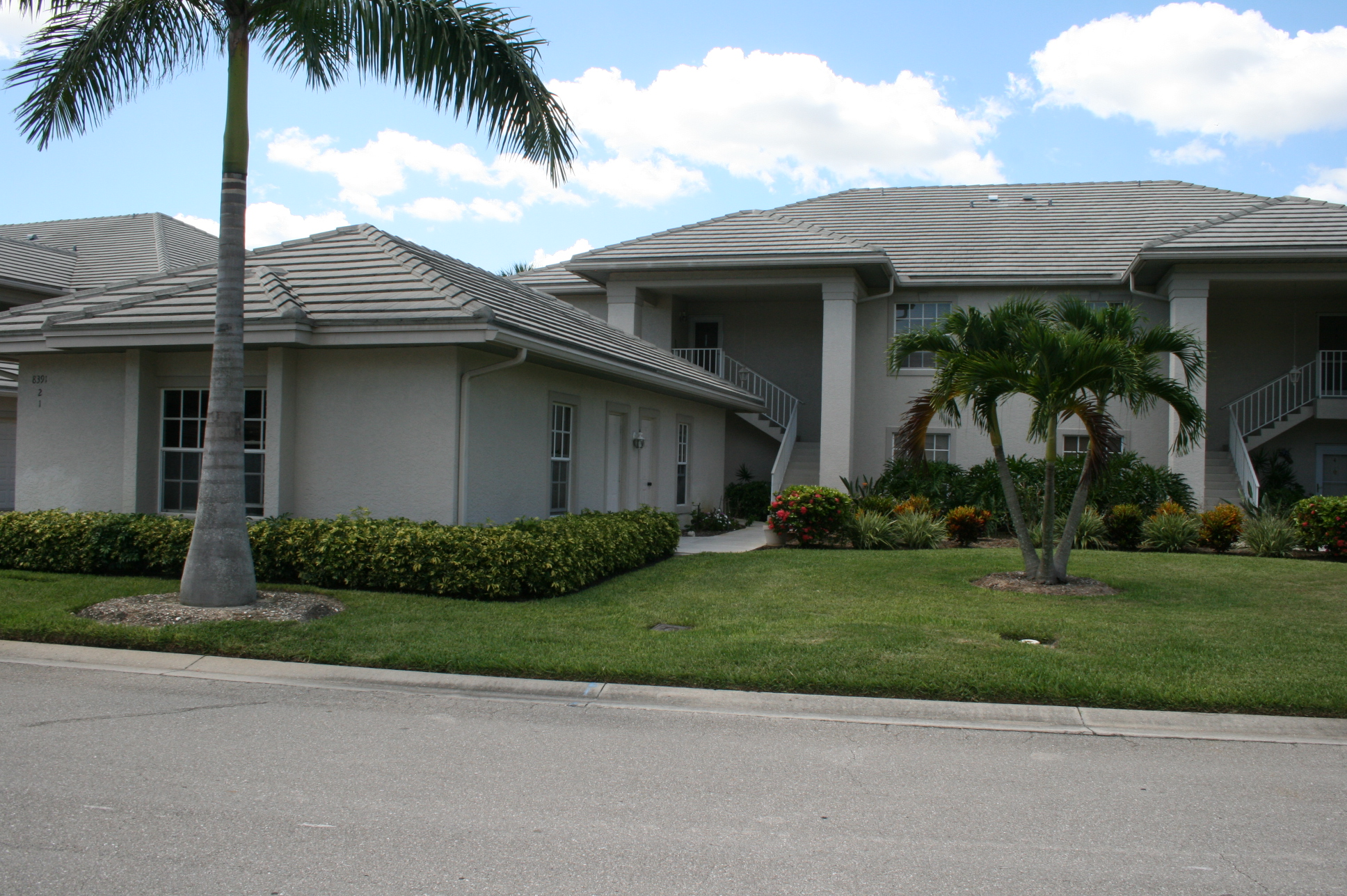 8241 2 grand palm drive fort myers fl 33967