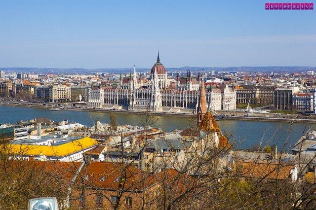 Resultado de imagem para Budapeste: Ande pelo Fisherman's Bastion