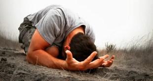 Ensino Bíblico: A Oração Sempre Em Primeiro Lugar !