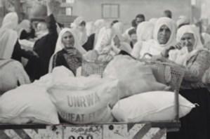 Erakusketa: Palestinako emakume errefuxiatuen bidai luzea