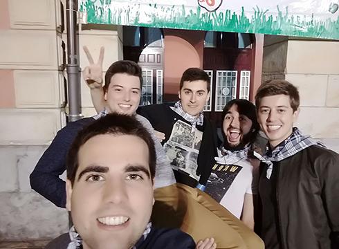 #SagardoEguneko  Selfie  Lehiaketako  irabazlea  Iker  Laka  izan  da