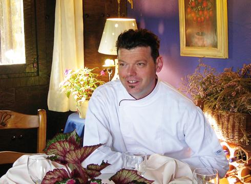 """Kilometro 0 elikagaietan: Slow Food vs Fast Food"" (Josu Belaustegi)"