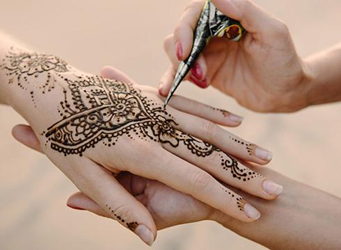 Henna  tailerrerako  izena  emateko  epea  zabalik  dago