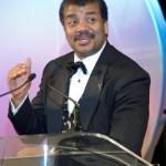 2012: Dr. Neil deGrasse Tyson fala sobre o tema e explica sobre o alinhamento galáctico