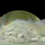 Novo mapa com dados da Voyager 2 detalha a estranha lua Tritão