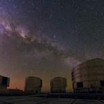 ESO VLT: Uma mistura de cores e maravilhas celestes