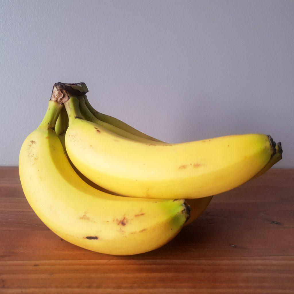 La peau de banane contre l'acnéefficace
