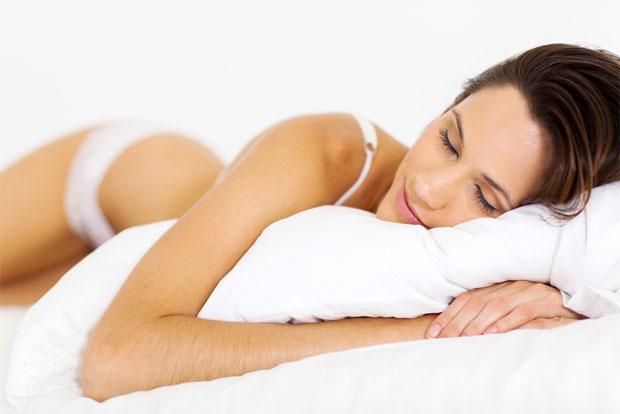 sleeping woman postion
