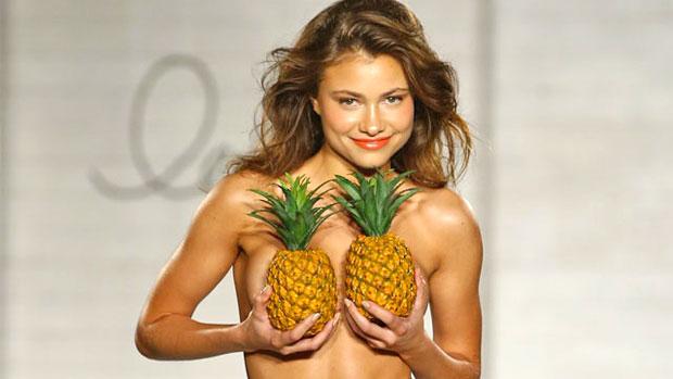 Pineapple Tits 51