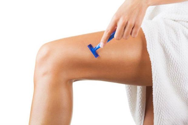 shaving thighs