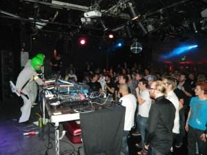 Desert Planet (FI) perform at Eindbaas 9 in Utrecht, NL (13/4/12)