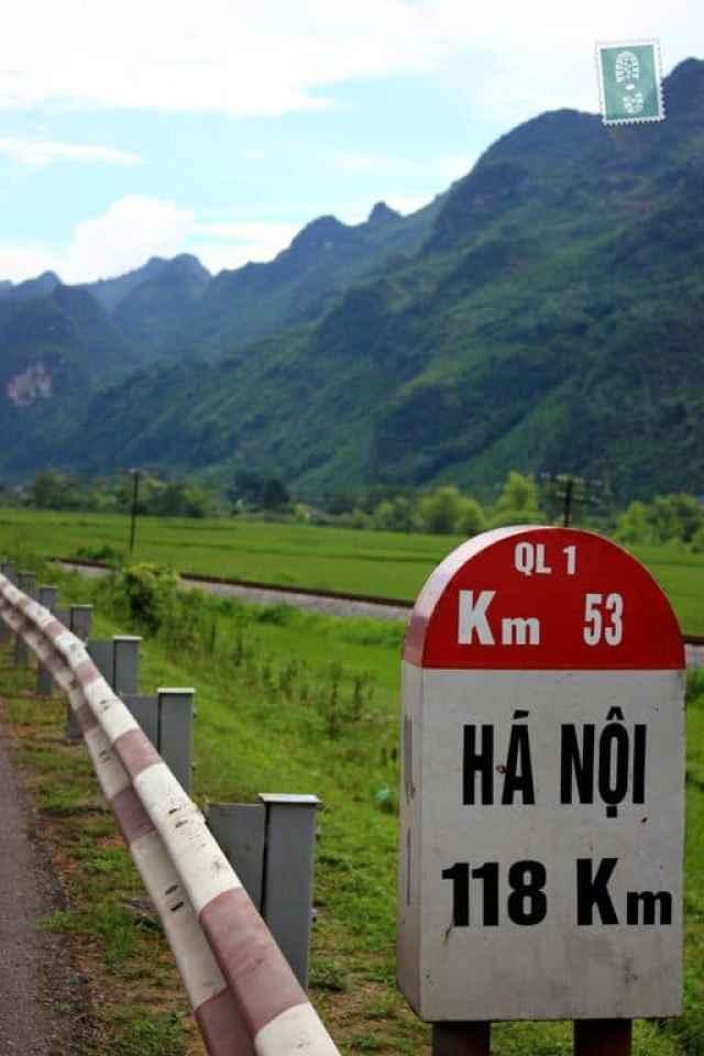 Hanoi road