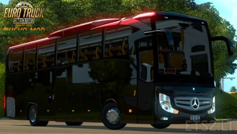 mercedes-benz-travego-1