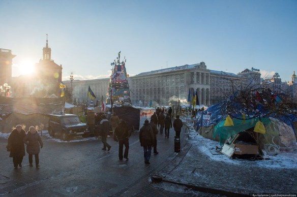 37 Anatomy of Maidan. Virtual tour of the protesters grounds