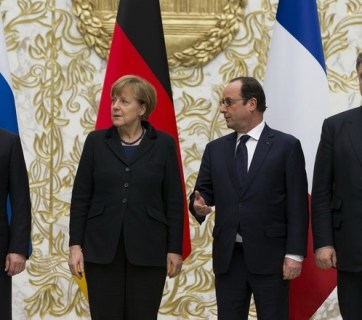 Putin, Merkel, Holland and Poroshenko in Minsk during the negotiation of Minsk II Accords