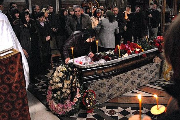 Anna Politkovskaya funeral in Moscow on 10 October 2006, photo: AFP