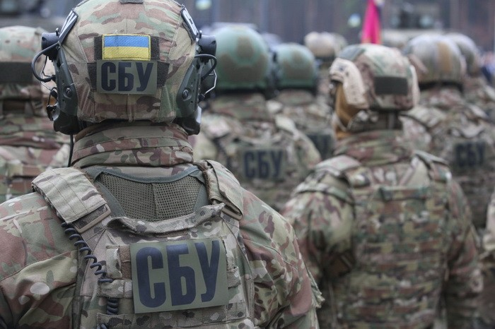 After the beginning of de-facto war in Ukraine, SBU slowly turns away from the Russian direction. Photo: apostrophe.ua