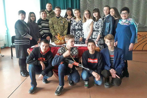 Artem often visits and supports his old school in Mykolayivka that was recently renovated after being completely destroyed by enemy fire.