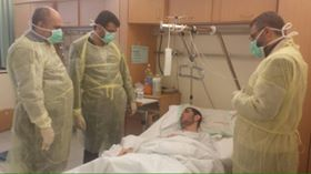 Photo of وفد من حملة الوفاء الأوربية وتجمع الاطباء الفلسطينيين في أوروبا يزور جرحى غزة
