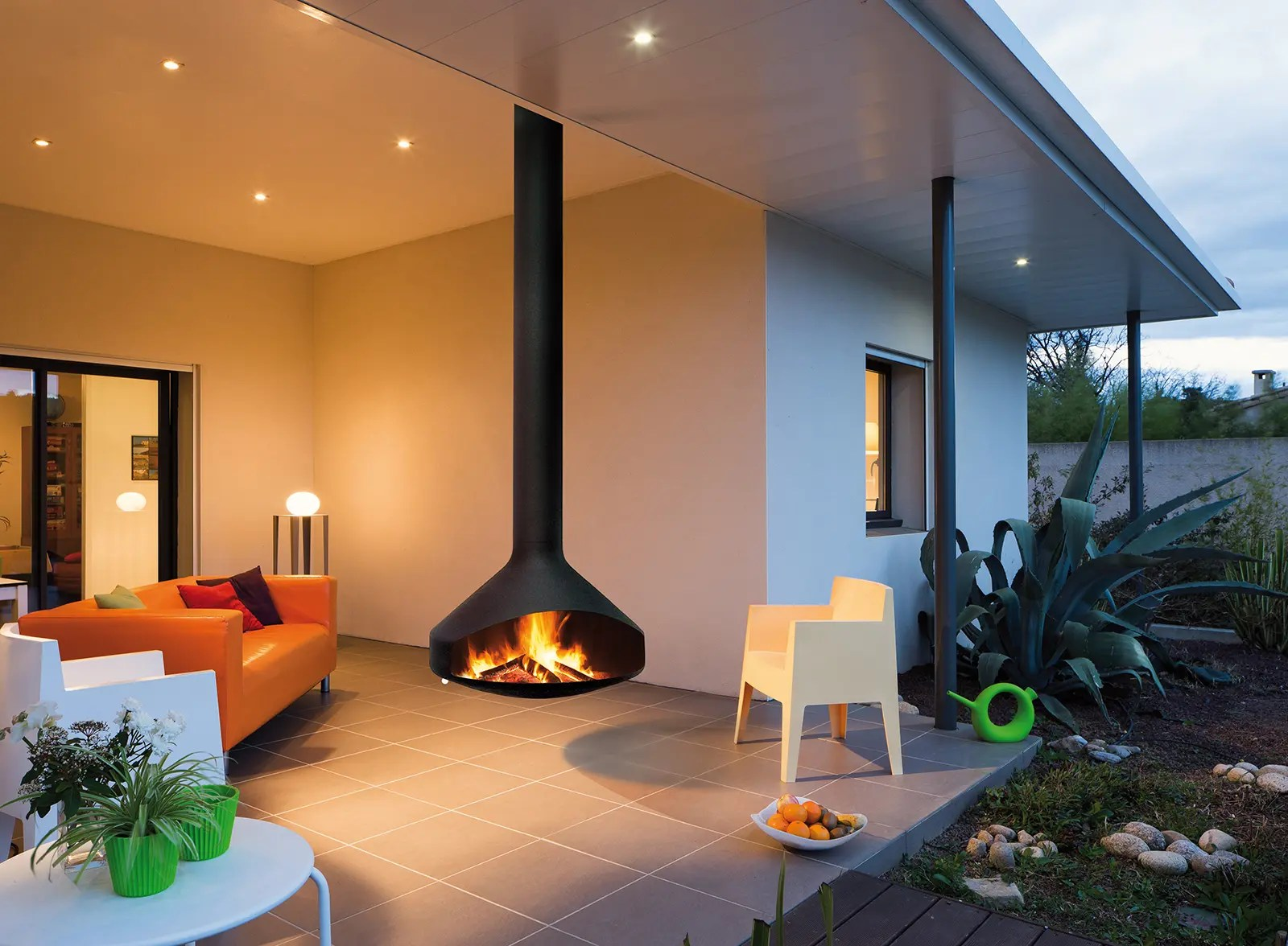 Cheminee Outdoor Ergofocus By Focus Fires Suspended Open Faced Fireplace