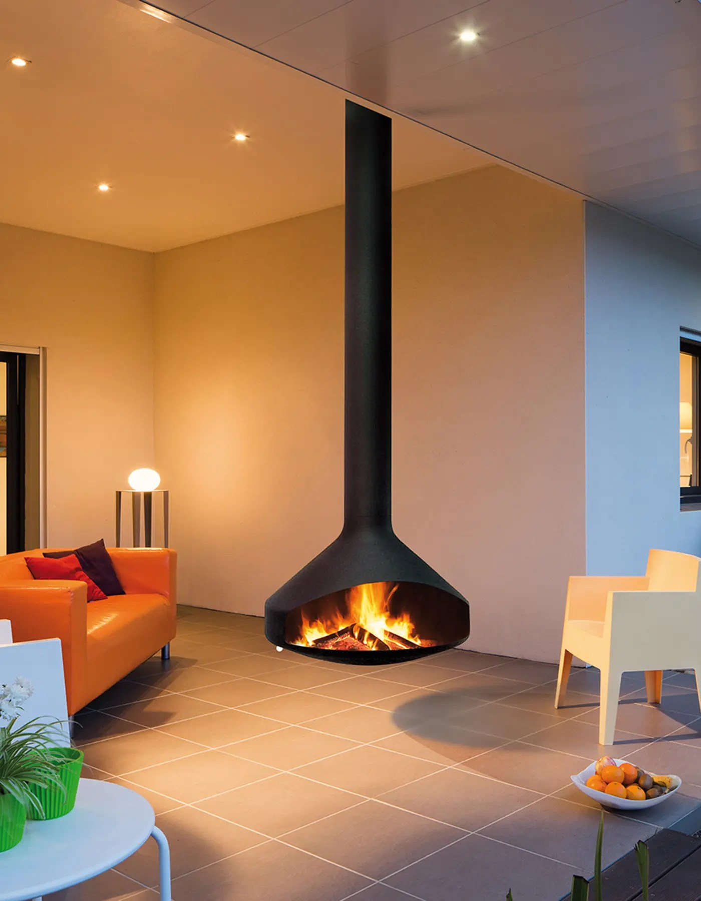 Cheminee Francaise Ergofocus Outdoor By Focus Fires Suspended Outdoor Fireplace