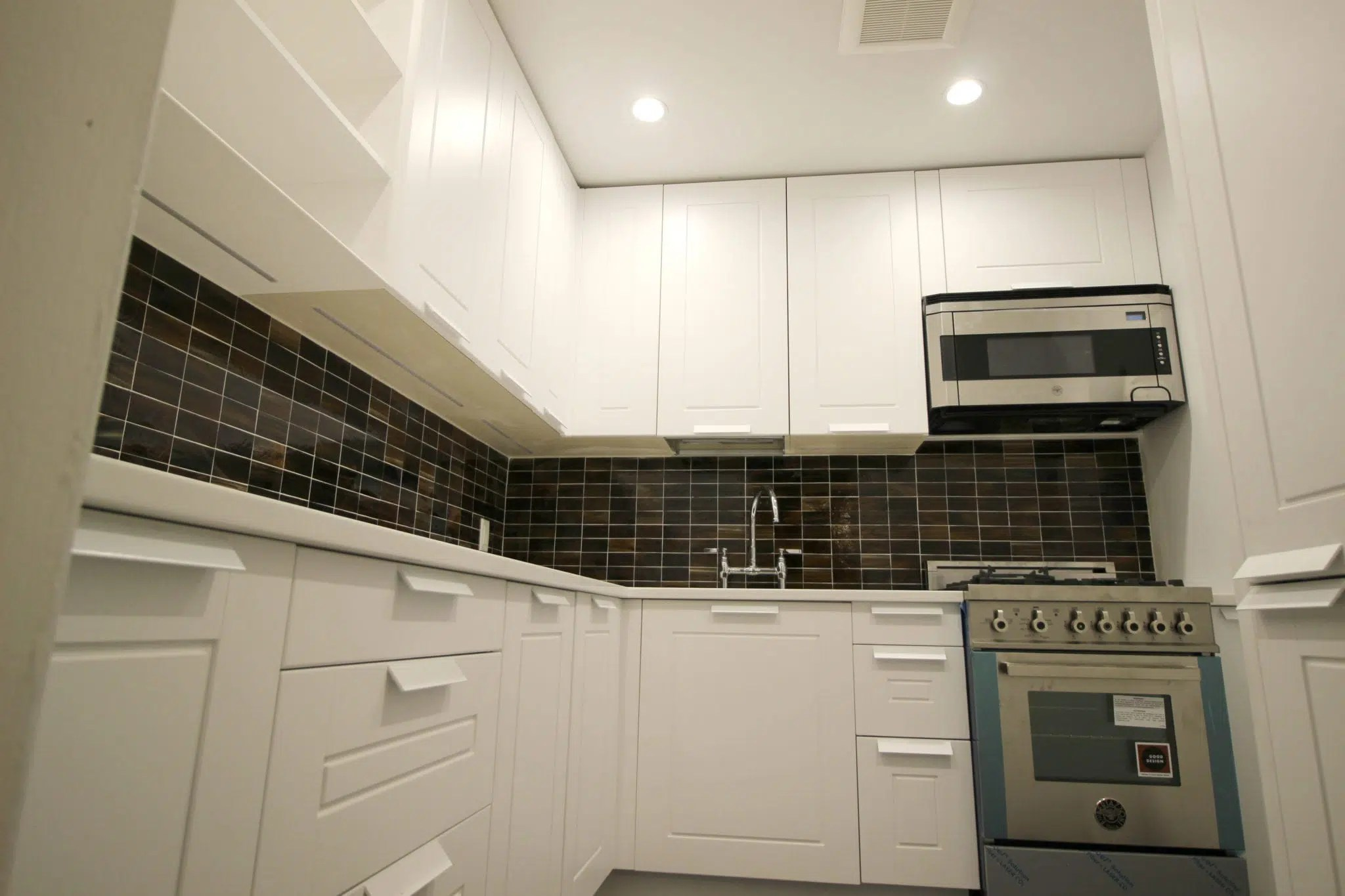 European Kitchen Cabinets Brooklyn Ny Transitional Kitchen In White Lacquer Shaker Nyc