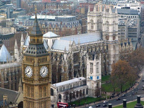 Westminster Abbey behind Big Ben